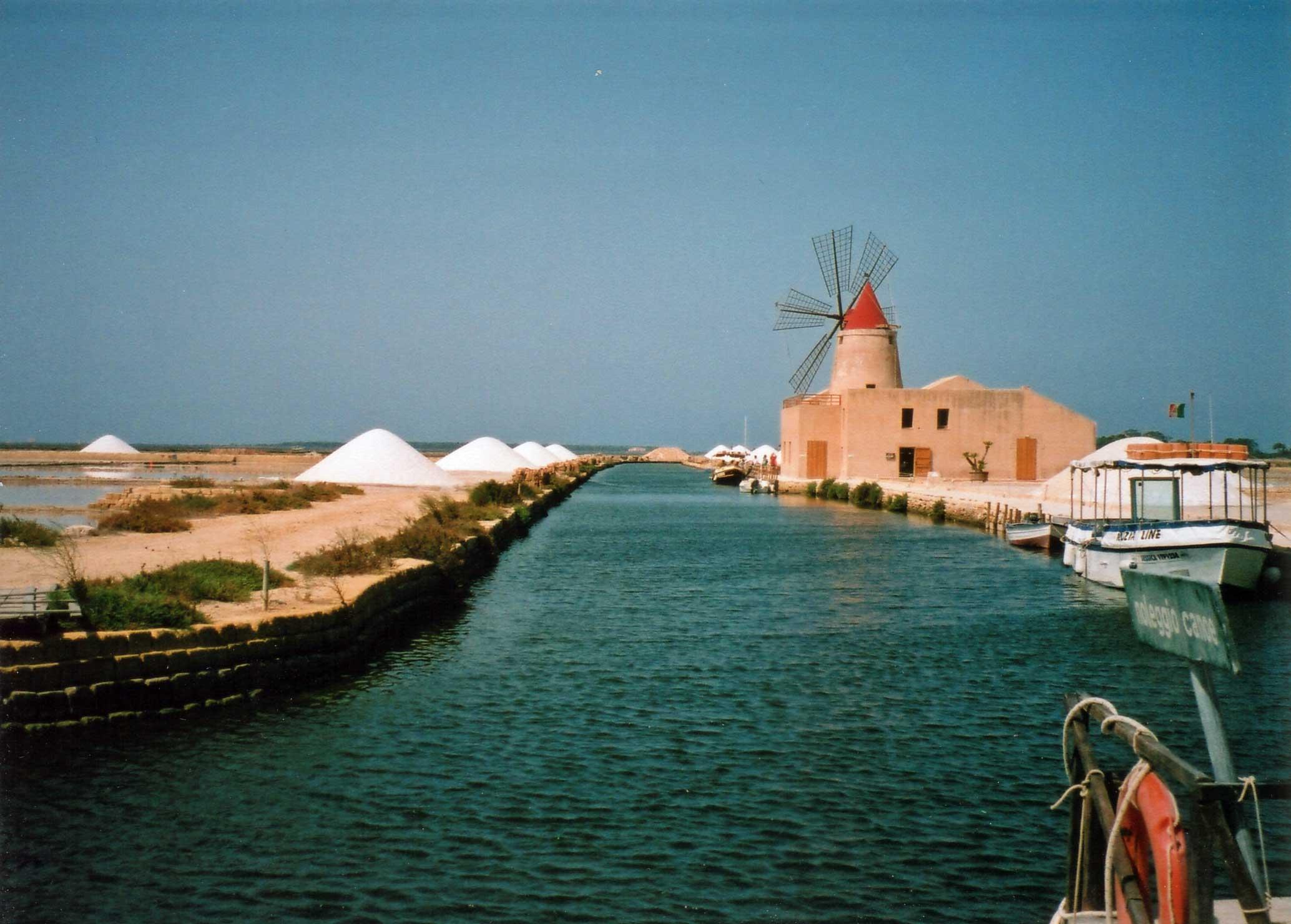 Noleggio Barche Marsala - Navalia | Noleggia un Sogno