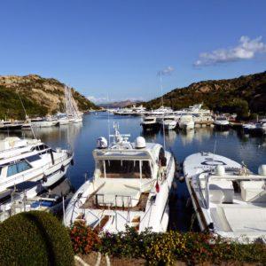 Porto di Poltu Quatu, Sardinien,  Italy