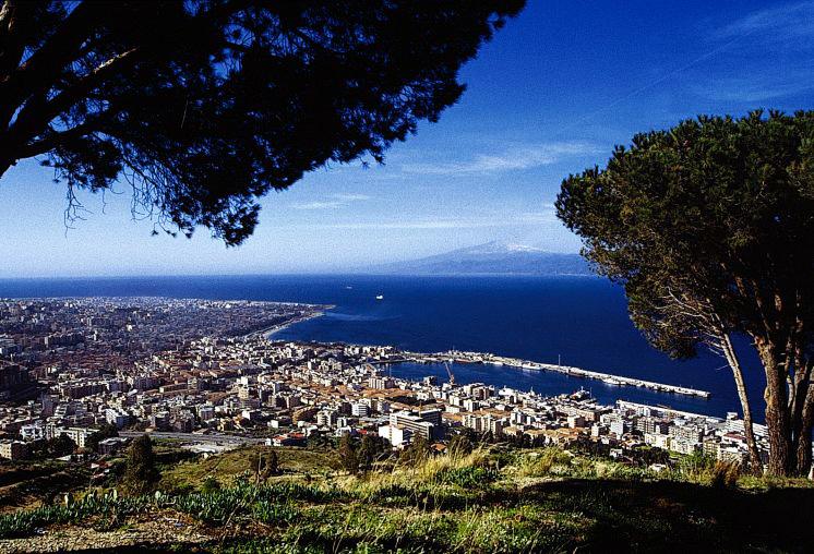 Noleggio Barche Reggio Calabria - Navalia | Noleggia un Sogno