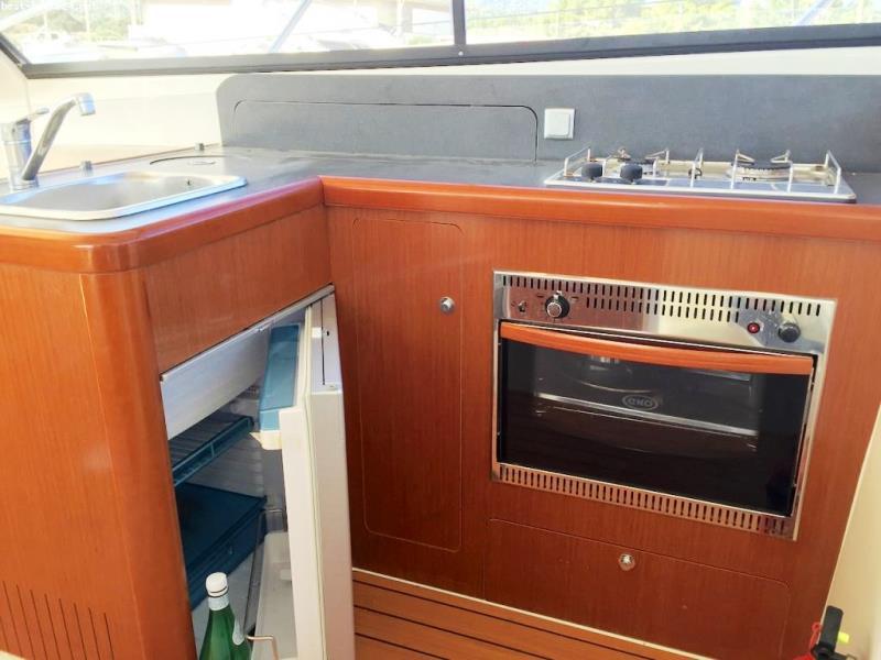 Navalia - Imbarcazione Antares 36 8