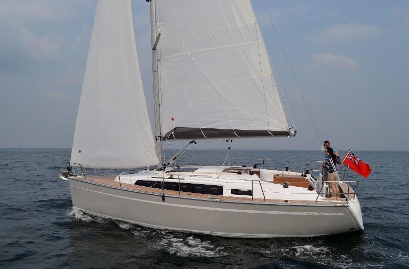 Navalia - Imbarcazione Bavaria Cruiser 34 1