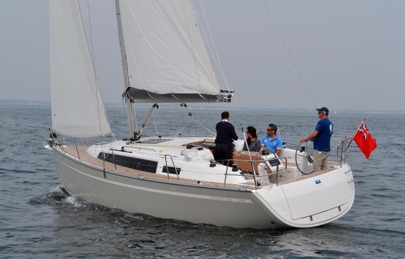 Navalia - Imbarcazione Bavaria Cruiser 34 2