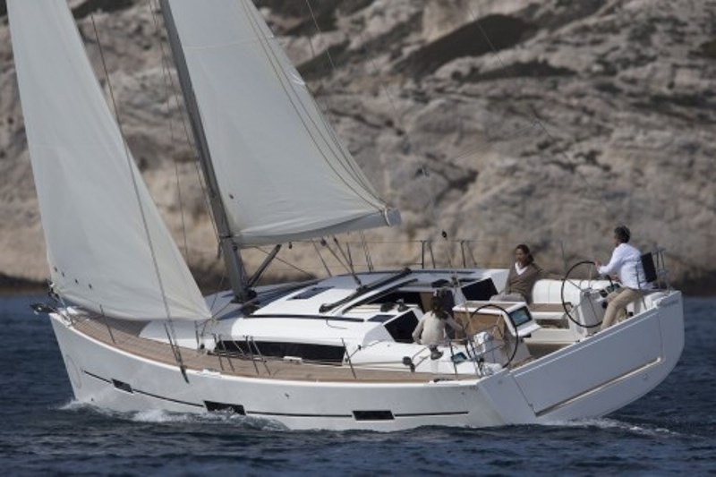 Navalia - Imbarcazione Dufour 412 GL 1