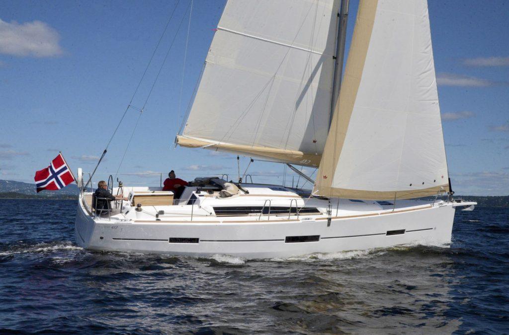 Navalia - Imbarcazione Dufour 412 2
