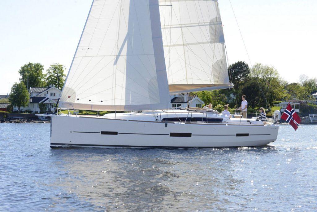 Navalia - Imbarcazione Dufour 412 GL 4