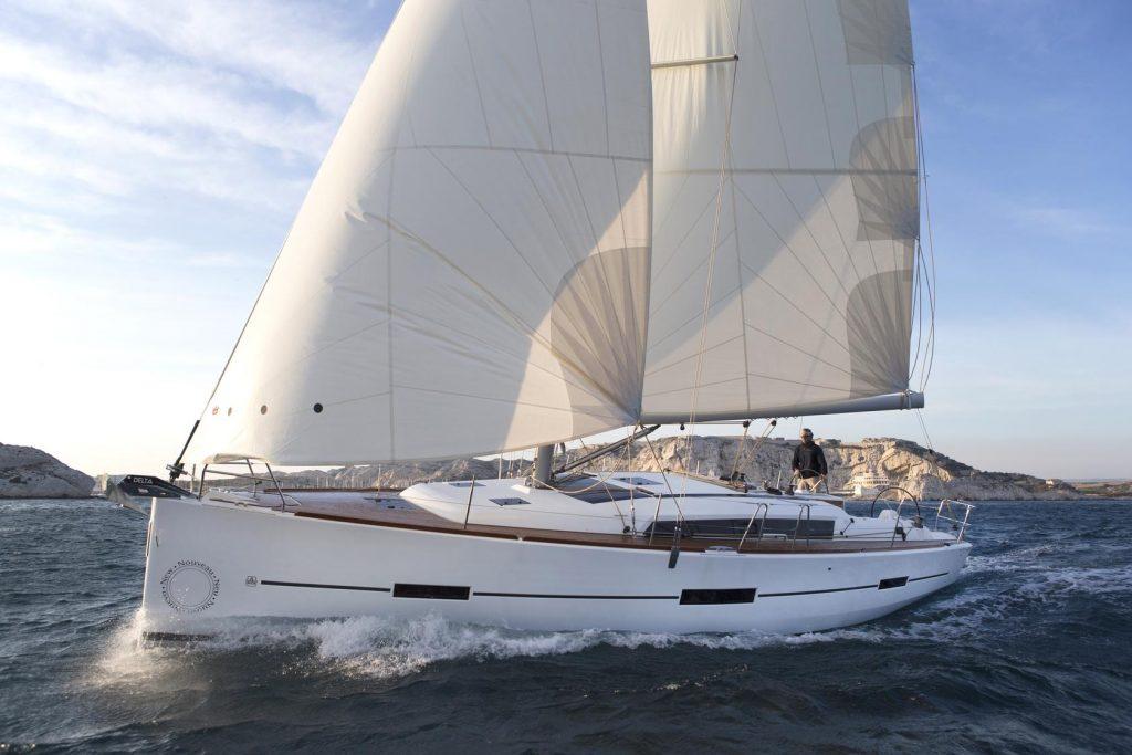 Navalia - Imbarcazione Dufour 560 GL 1