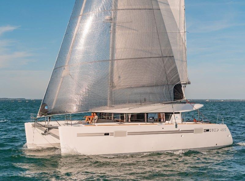 Navalia - Imbarcazione Lagoon 450 Sport Top 1