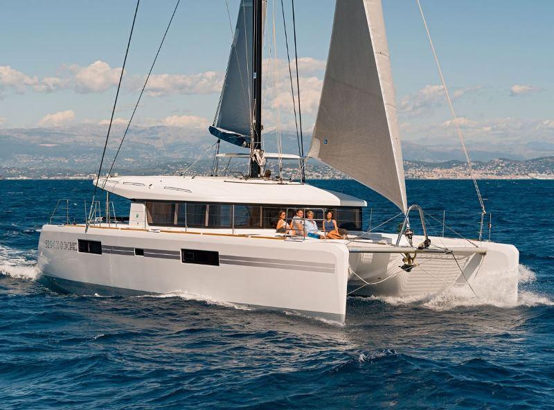 Navalia - Imbarcazione Lagoon 52 Sport Top 1