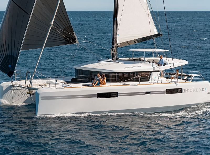Navalia - Imbarcazione Lagoon 52 Sport Top 4