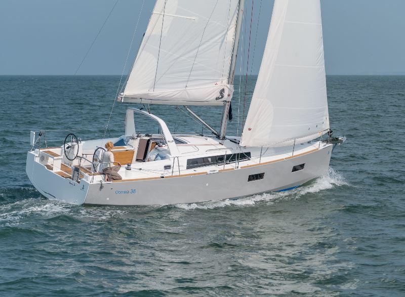 Navalia - Imbarcazione Oceanis 38 1
