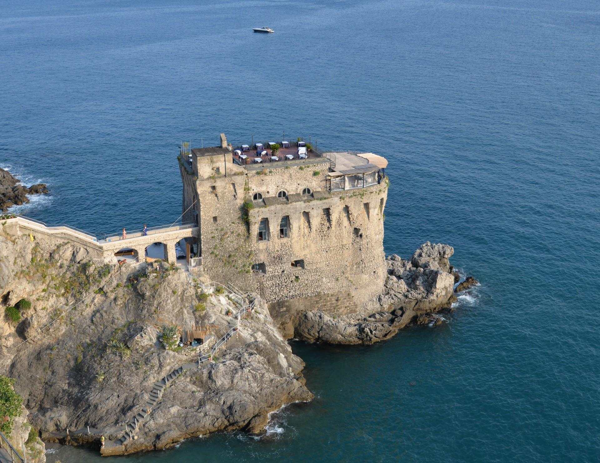 Noleggio Barche Amalfi - Navalia | Noleggia un Sogno