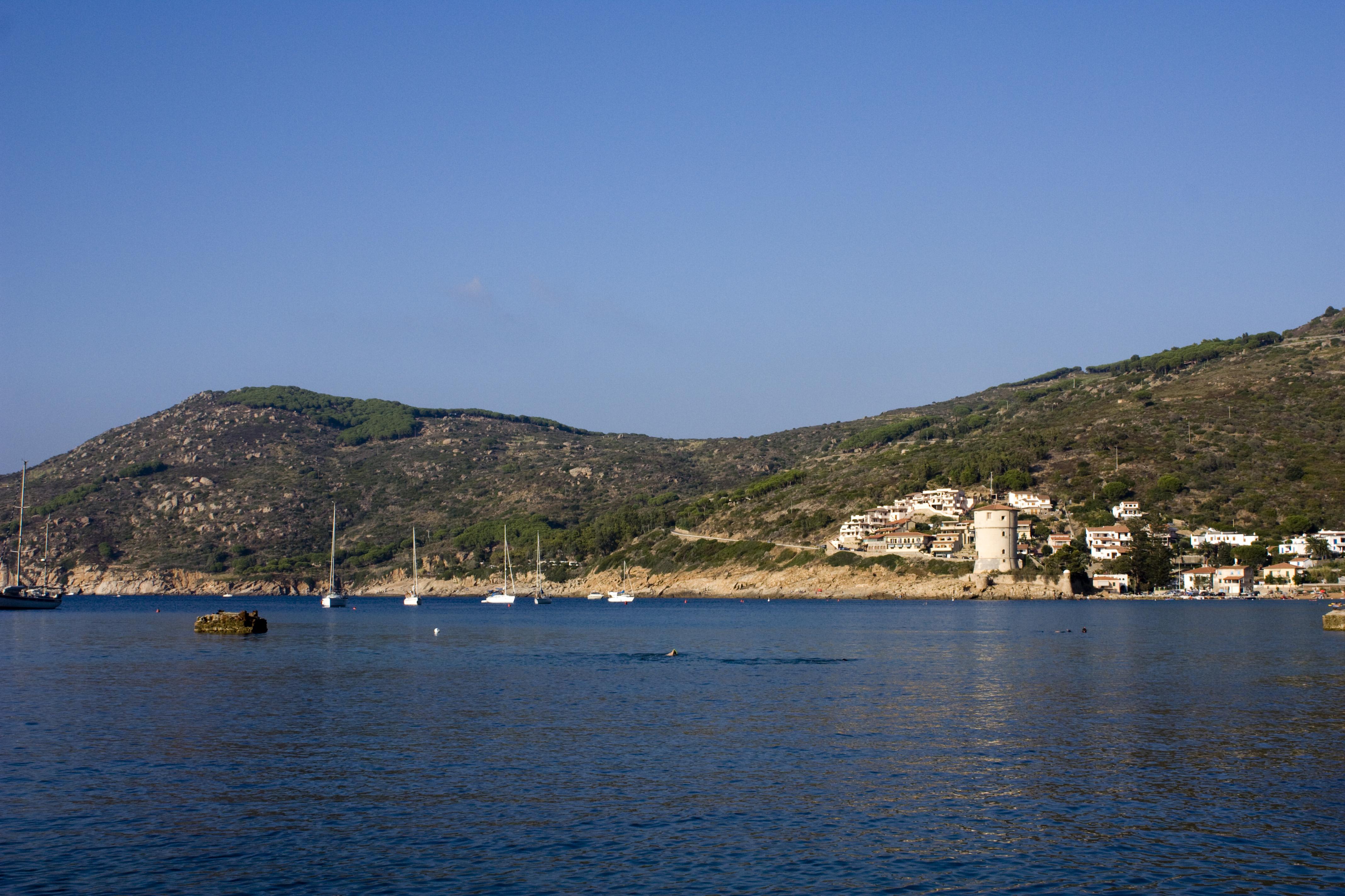 Noleggio Barche Campese – Isola del Giglio - Navalia | Noleggia un Sogno