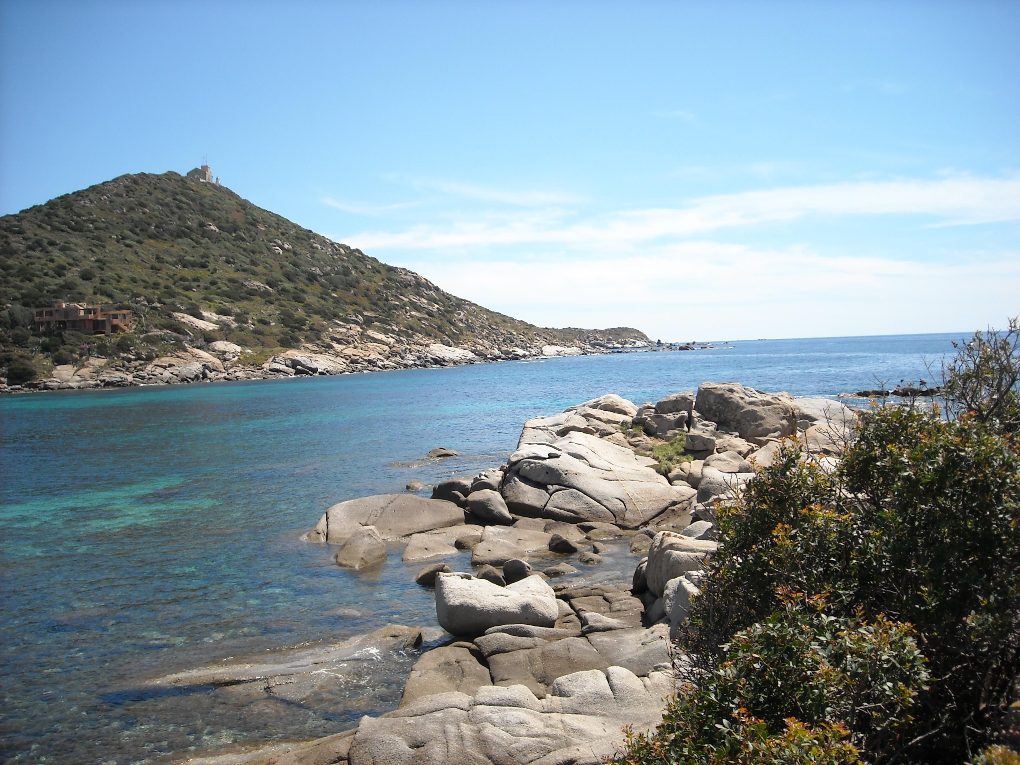 Noleggio Barche Capo Carbonara - Navalia | Noleggia un Sogno