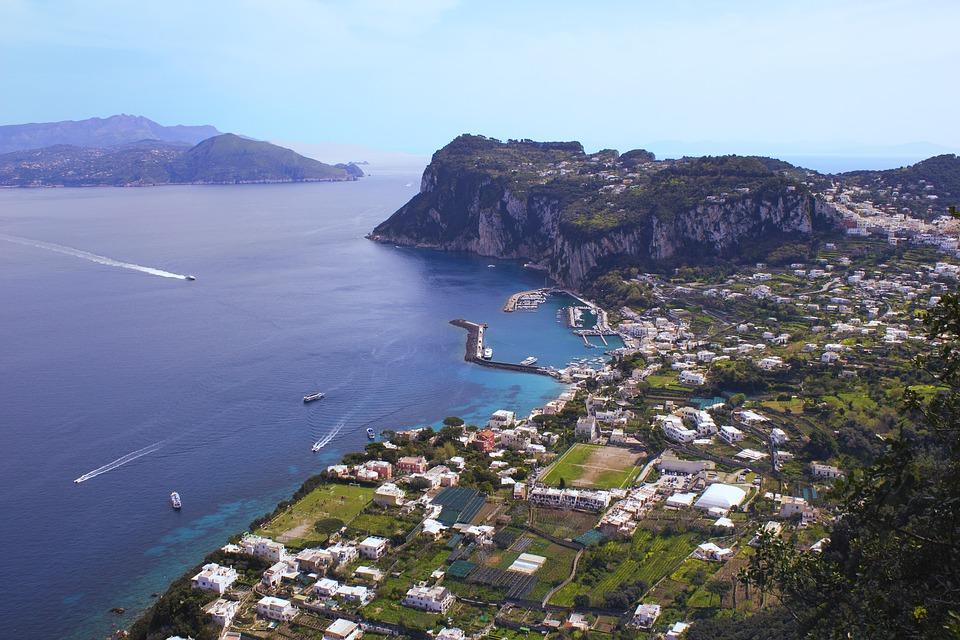 Noleggio Barche Capri - Navalia | Noleggia un Sogno