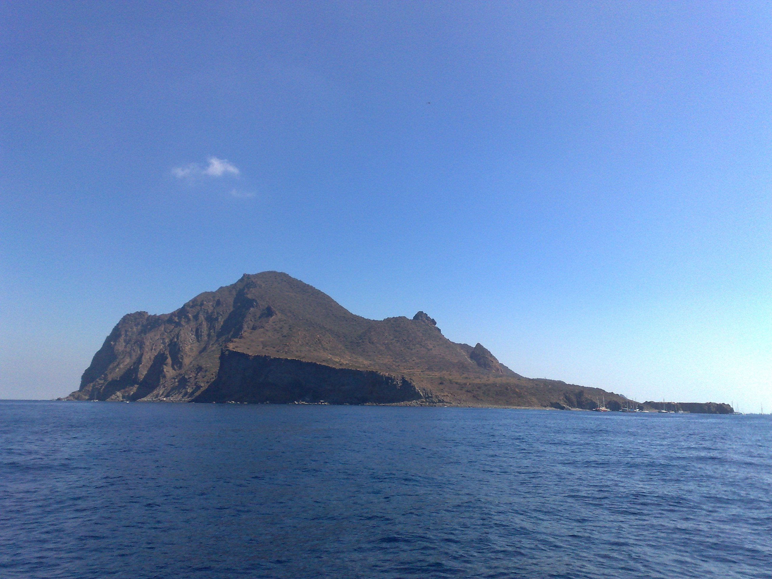Noleggio Barche Panarea - Navalia | Noleggia un Sogno