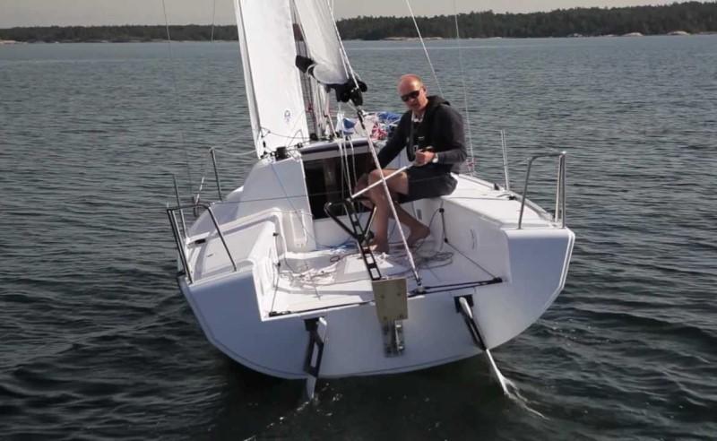 Navalia - Imbarcazione Elan 210 4