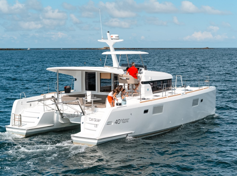 Navalia - Imbarcazione Lagoon 40 Power 1