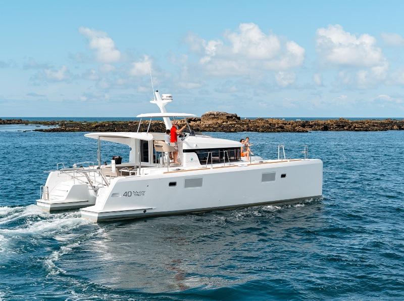 Navalia - Imbarcazione Lagoon 40 Power 2