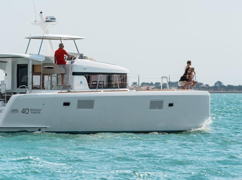 Navalia - Imbarcazione Lagoon 40 Power 3