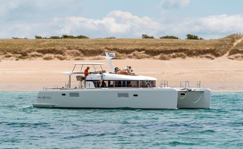 Navalia - Imbarcazione Lagoon 40 Power 5