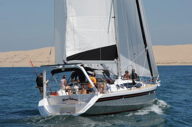 Navalia - Imbarcazione Ovni 445 1