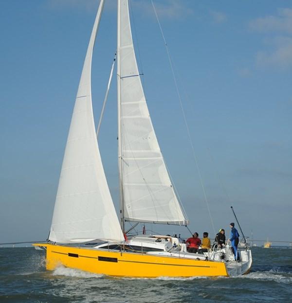 Navalia - Imbarcazione RM 1070 1