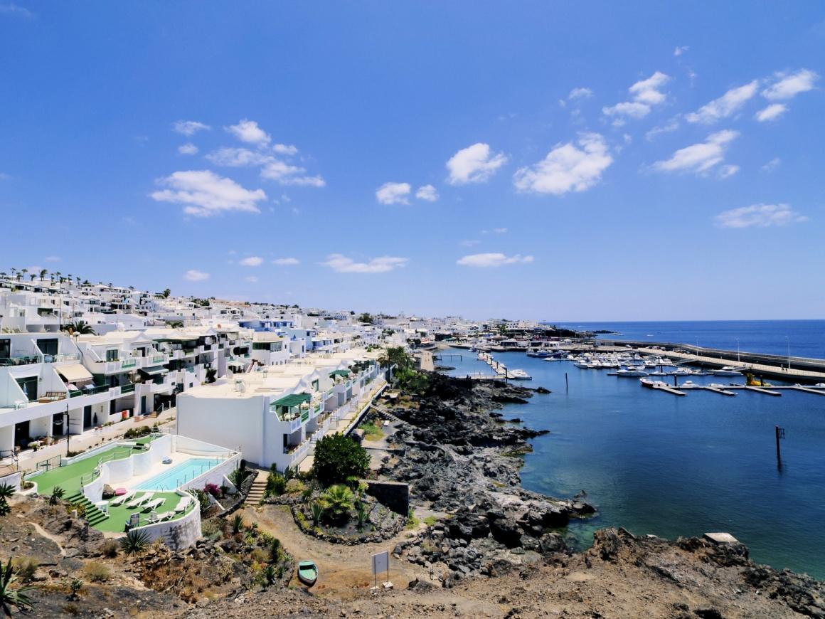 Noleggio Barche Puerto Calero – Isola di Lanzarote - Navalia | Noleggia un Sogno