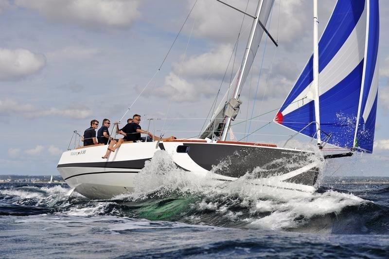 Navalia - Imbarcazione Malango 8.88 1
