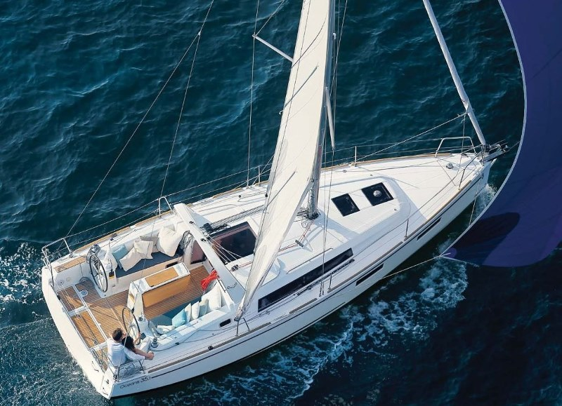 Navalia - Imbarcazione Oceanis 35.1 1