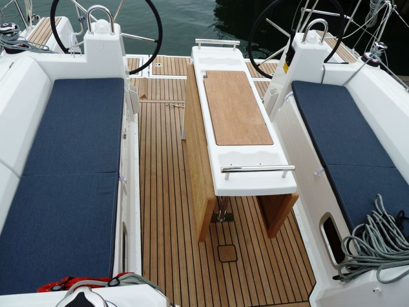 Navalia - Imbarcazione Oceanis 35.1 6