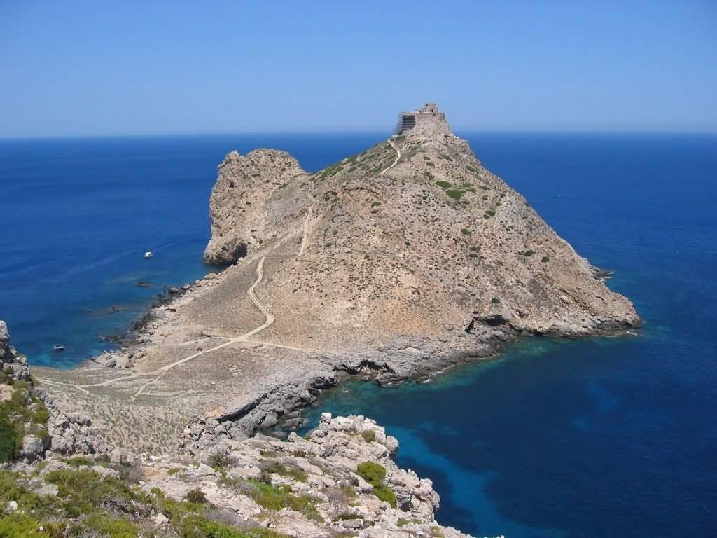 Noleggio Barche Punta Troia – isola di Marettimo - Navalia | Noleggia un Sogno