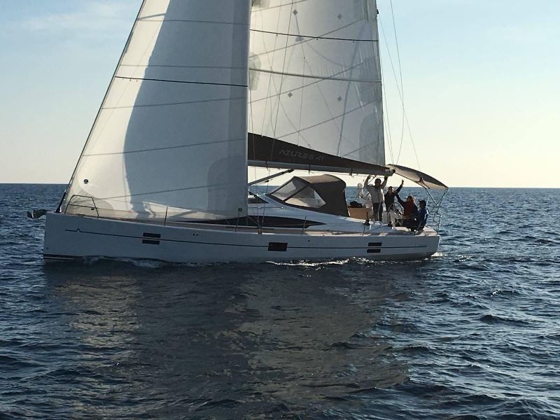 Navalia - Imbarcazione Azuree 41 5