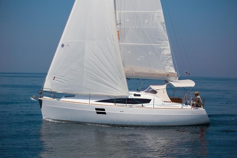 Navalia - Imbarcazione Elan Impression 35 2