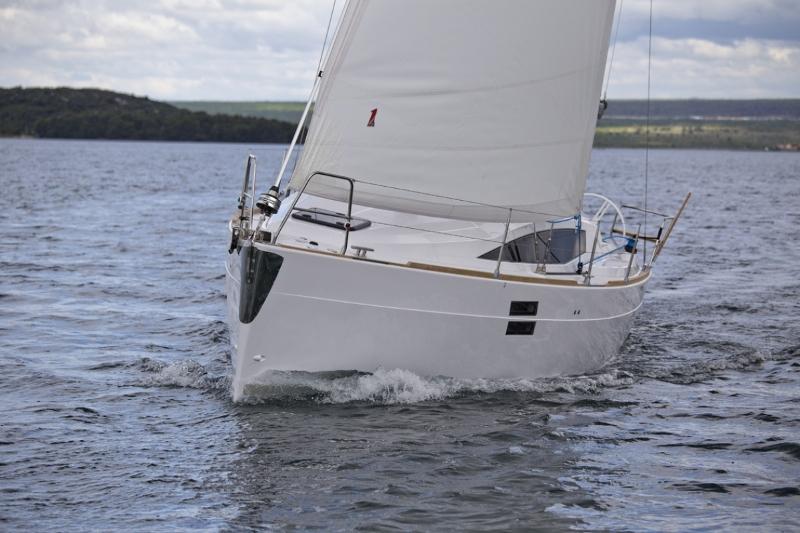 Navalia - Imbarcazione Elan Impression 35 3