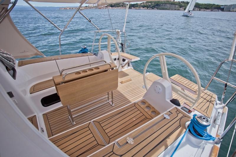 Navalia - Imbarcazione Elan Impression 35 5