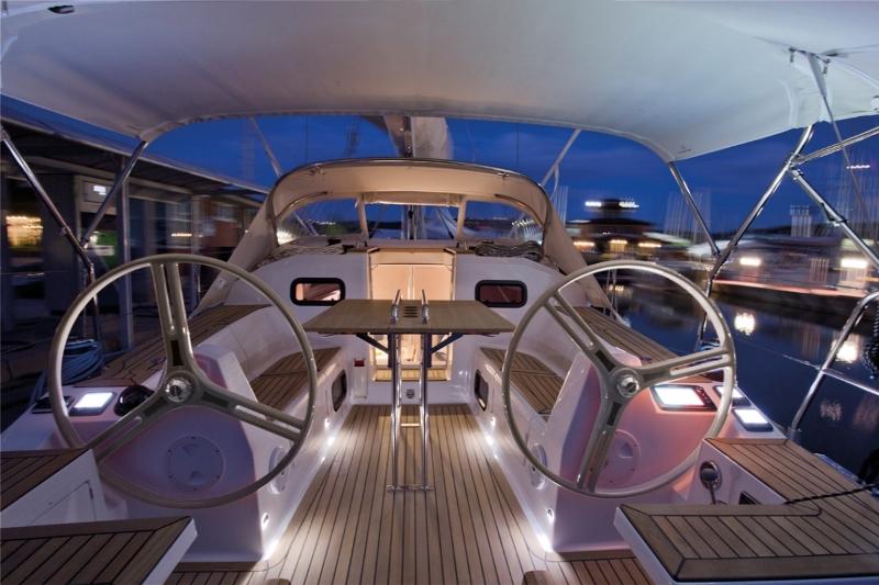 Navalia - Imbarcazione Elan Impression 35 6