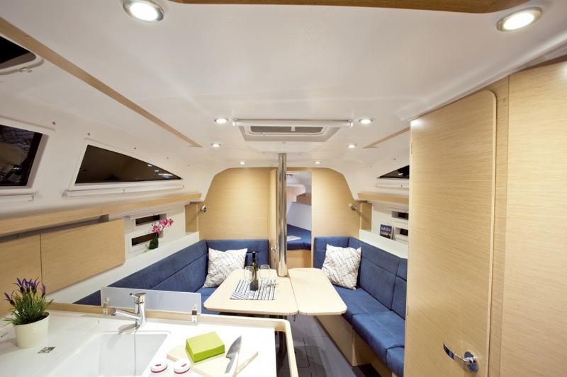 Navalia - Imbarcazione Elan Impression 35 8