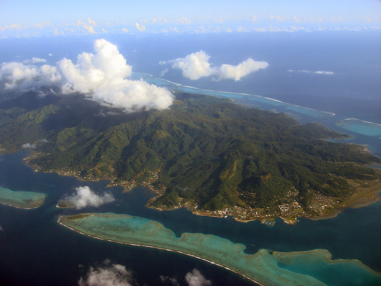 Navalia - Imbarcazione Lagoon 620 in Polinesia