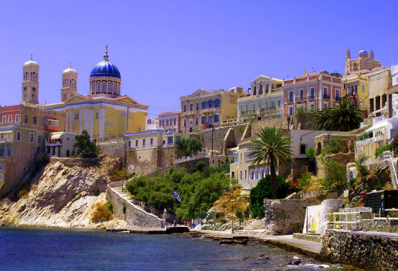Noleggio Barche Ermoupolis – Isola di Syros - Navalia | Noleggia un Sogno