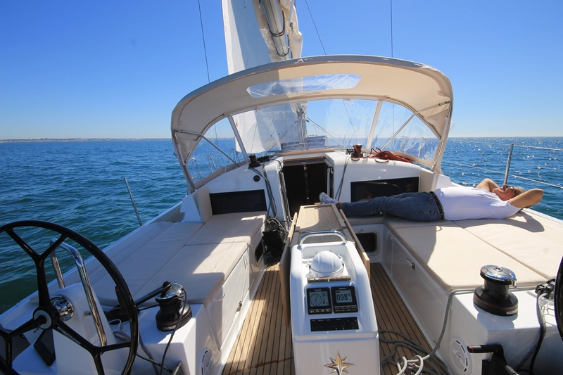 Navalia - Imbarcazione Sun Odyssey 440 5