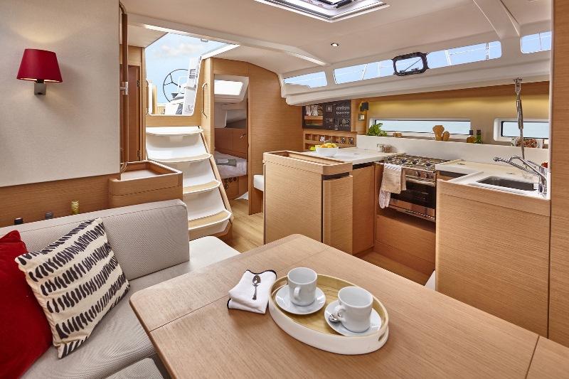 Navalia - Imbarcazione Sun Odyssey 440 6