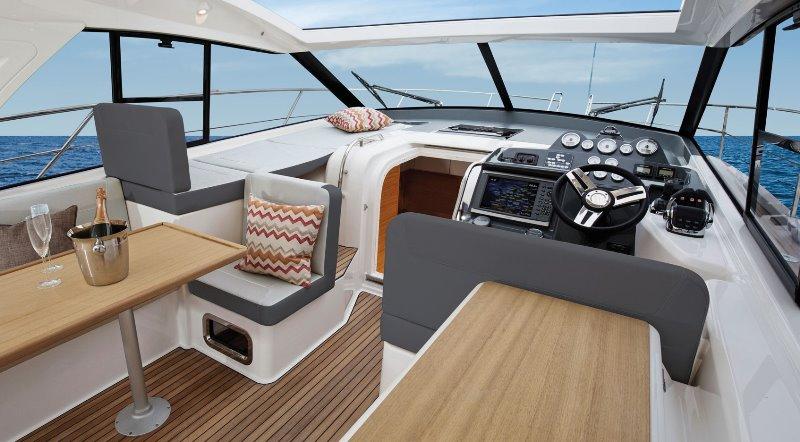Navalia - Imbarcazione Bavaria 400 Coupe 6