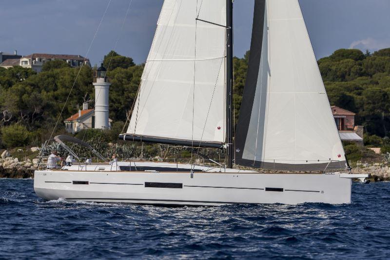 Navalia - Imbarcazione Dufour 520 1
