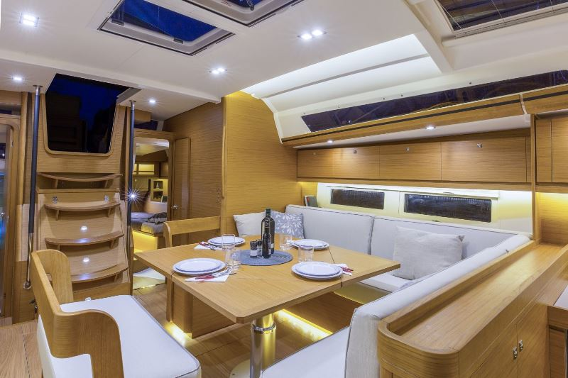 Navalia - Imbarcazione Dufour 520 GL 7