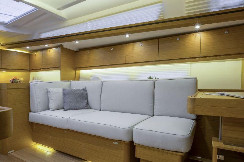 Navalia - Imbarcazione Dufour 520 9