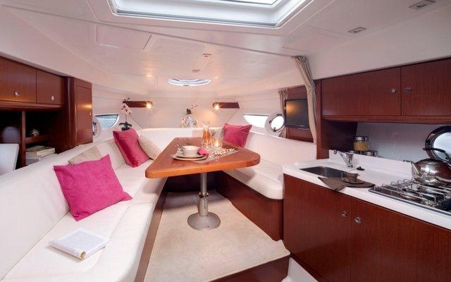 Navalia - Imbarcazione Gran Turismo 34 9