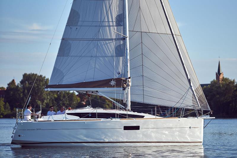Navalia - Imbarcazione Sun Odyssey 319 1