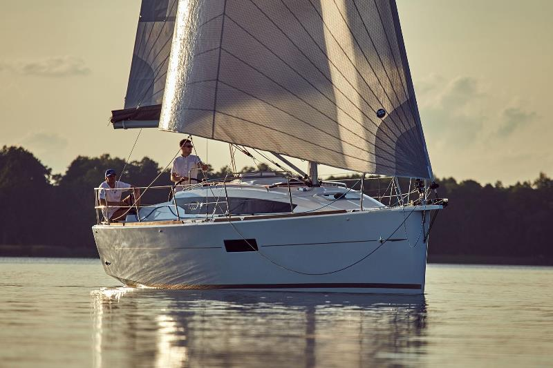 Navalia - Imbarcazione Sun Odyssey 319 3