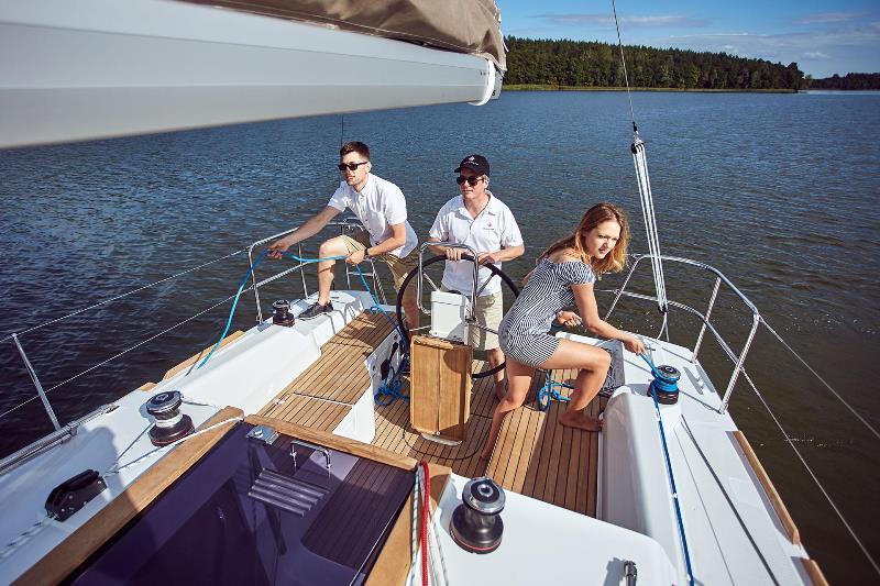 Navalia - Imbarcazione Sun Odyssey 319 5