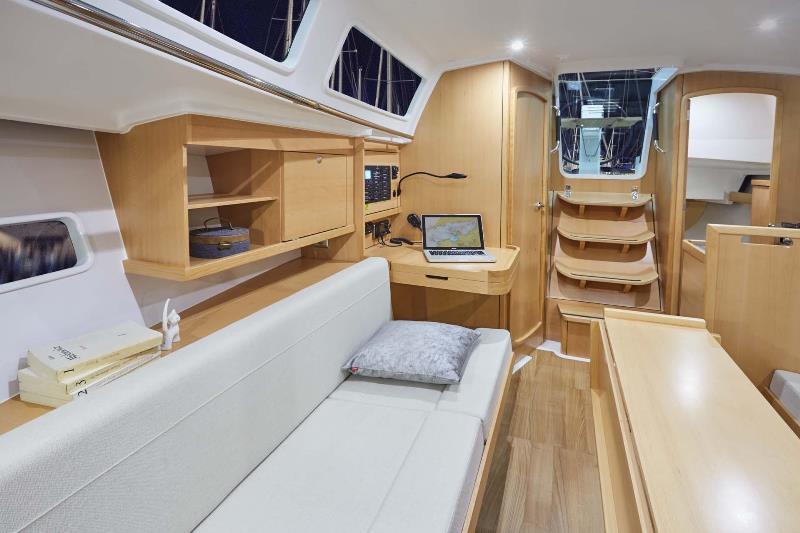 Navalia - Imbarcazione Sun Odyssey 319 6